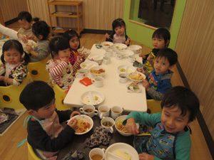 ちびっこらんど七里園 保育園 食事写真