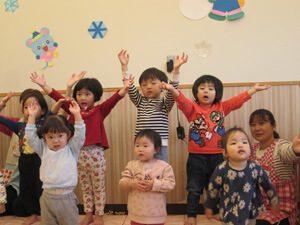 ちびっこらんど七里園 保育園 クリスマス練習写真